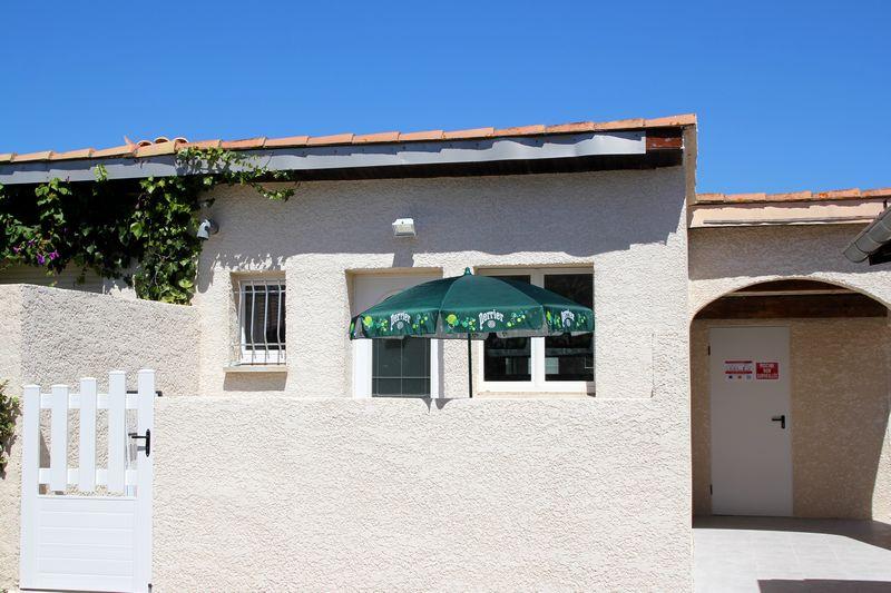 terrasse du studio dans l'Hérault
