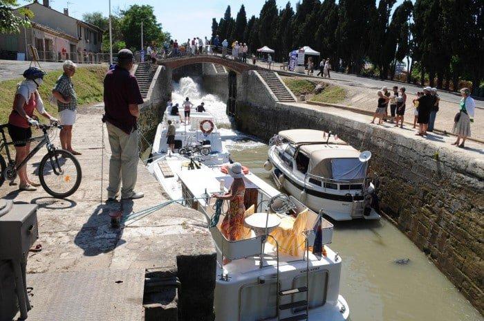 Écluses de Fonserannes sur le canal du midi à Béziers