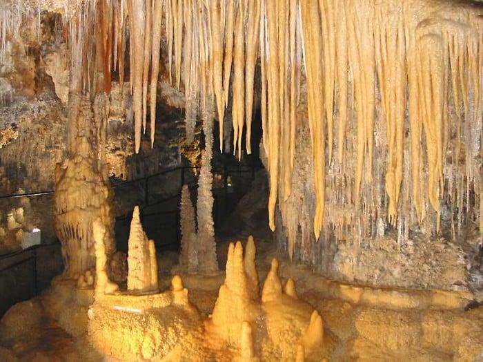 Grotte de clamouse à Saint-Guilhem-le-Désert