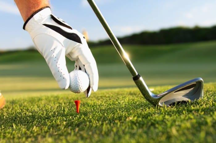 Jouer au golf dans l'Hérault